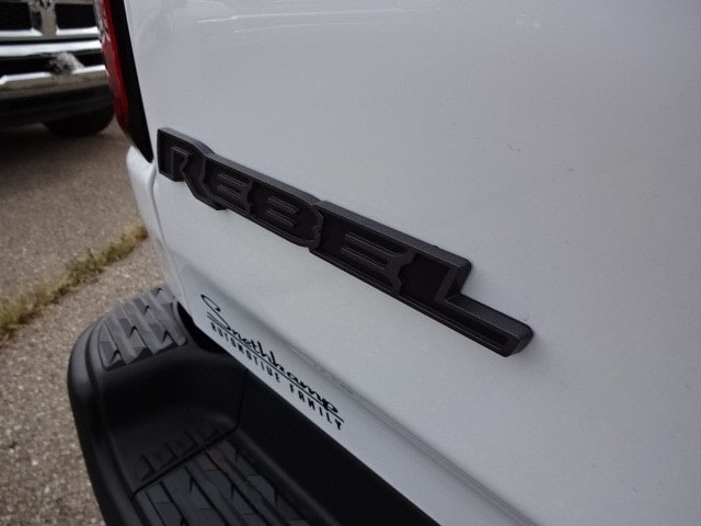 2019 Ram 1500 Crew Cab 4x4,  Pickup #KN603510 - photo 17