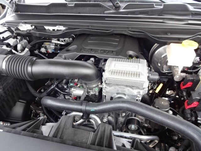 2019 Ram 1500 Crew Cab 4x4,  Pickup #KN603510 - photo 22