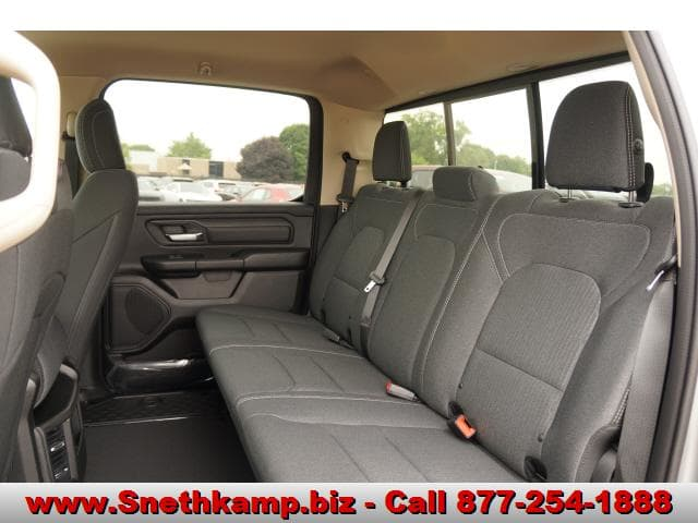 2019 Ram 1500 Crew Cab 4x4,  Pickup #KN603554 - photo 5
