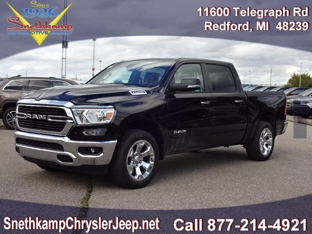 2019 Ram 1500 Crew Cab 4x4,  Pickup #KN647470 - photo 1