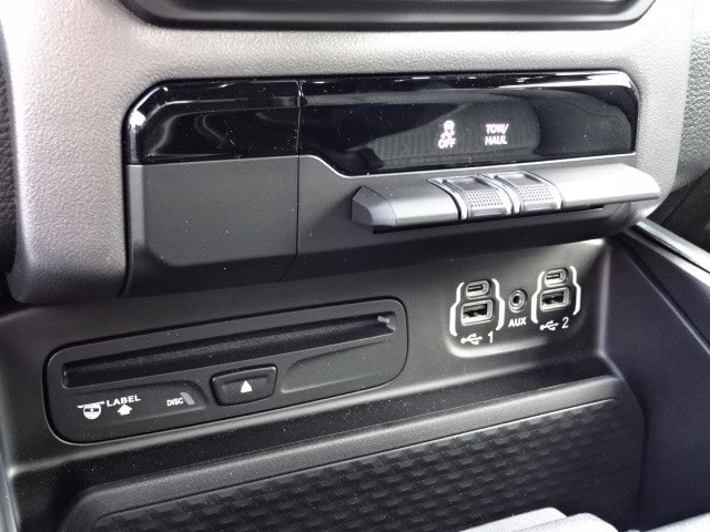 2019 Ram 1500 Crew Cab 4x4,  Pickup #KN647470 - photo 22