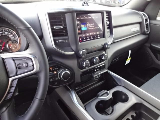 2019 Ram 1500 Crew Cab 4x4,  Pickup #KN672914 - photo 16