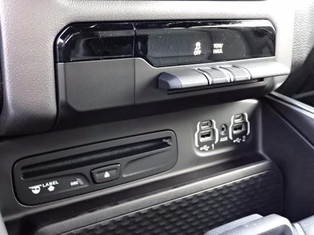 2019 Ram 1500 Crew Cab 4x4,  Pickup #KN672914 - photo 23