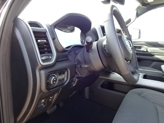 2019 Ram 1500 Crew Cab 4x4,  Pickup #KN739589 - photo 12