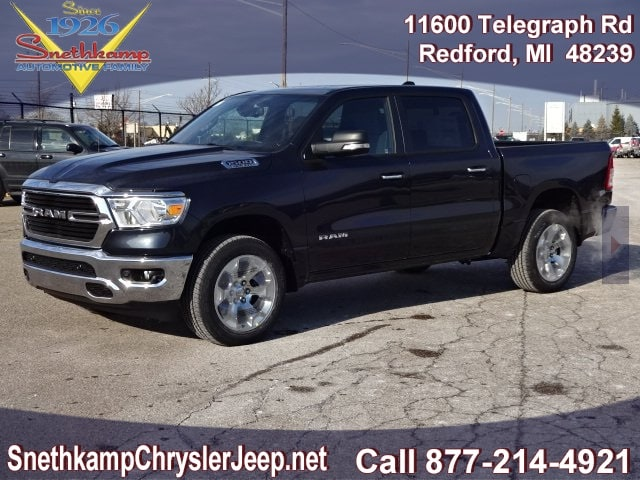 2019 Ram 1500 Crew Cab 4x4,  Pickup #KN739589 - photo 1