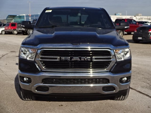 2019 Ram 1500 Crew Cab 4x4,  Pickup #KN739589 - photo 3
