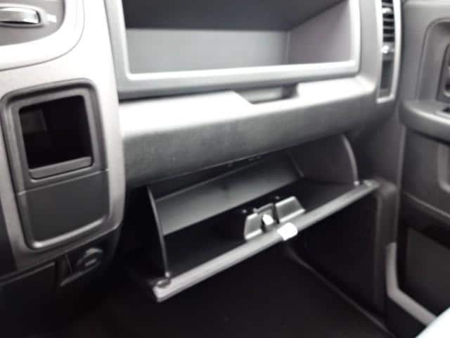 2019 Ram 1500 Crew Cab 4x4,  Pickup #KS537447 - photo 26