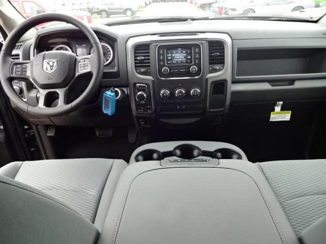 2019 Ram 1500 Crew Cab 4x4,  Pickup #KS537447 - photo 28