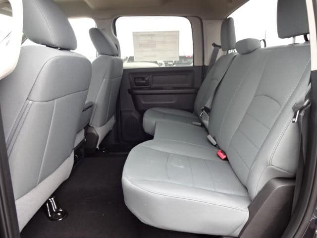 2019 Ram 1500 Crew Cab 4x4,  Pickup #KS537447 - photo 32