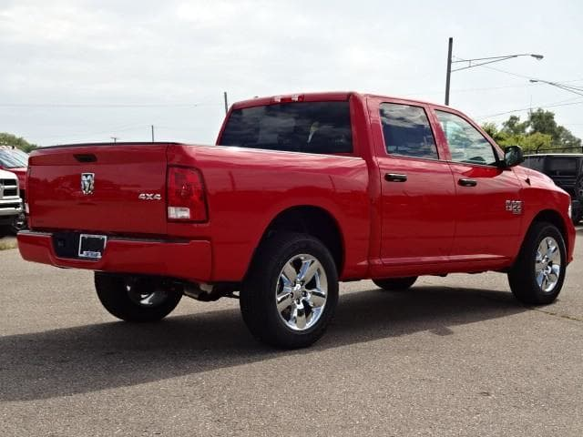 2019 Ram 1500 Crew Cab 4x4,  Pickup #KS537456 - photo 4