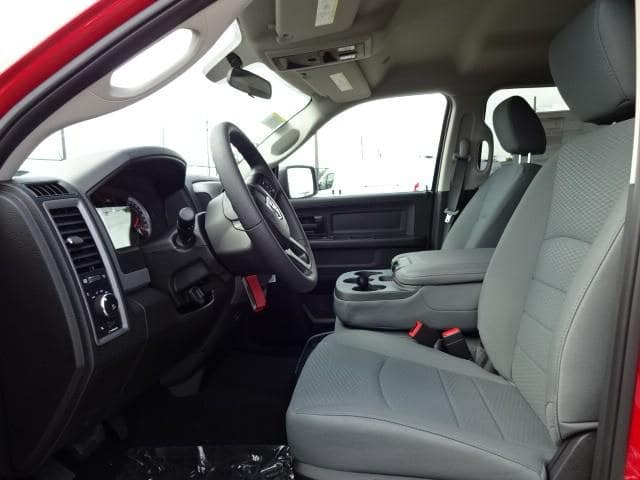 2019 Ram 1500 Crew Cab 4x4,  Pickup #KS537456 - photo 5