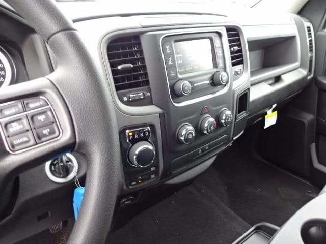 2019 Ram 1500 Crew Cab 4x4,  Pickup #KS537457 - photo 16
