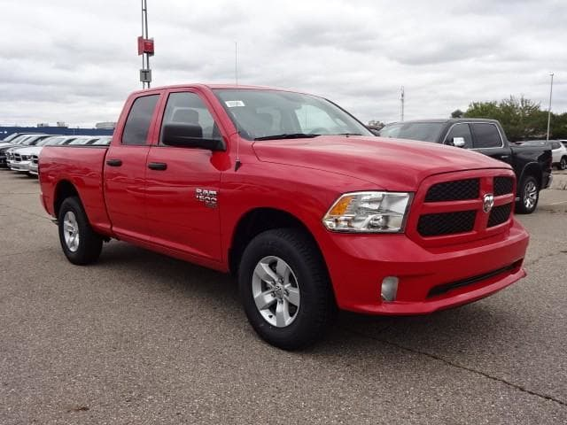 2019 Ram 1500 Quad Cab 4x4,  Pickup #KS537844 - photo 3