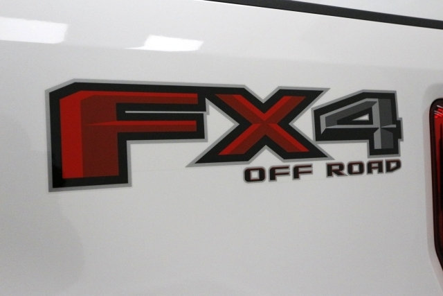 2017 F-250 Crew Cab 4x4 Pickup #71393 - photo 13