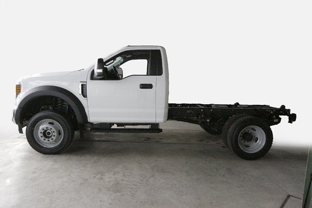 2018 F-550 Regular Cab DRW 4x4,  Cab Chassis #80219 - photo 3