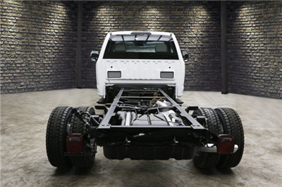 2018 F-450 Regular Cab DRW 4x4,  Cab Chassis #80294 - photo 3