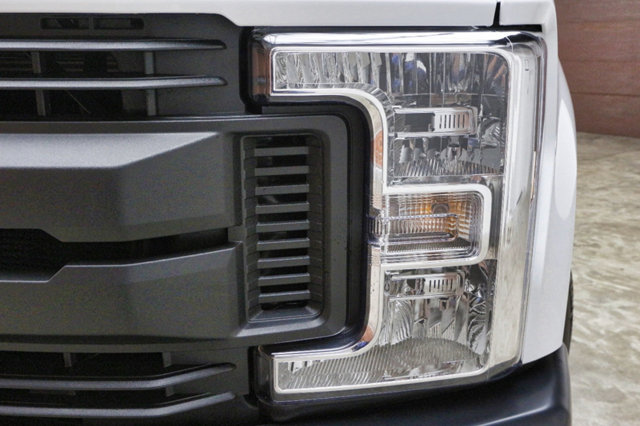 2018 F-250 Regular Cab 4x2,  Pickup #80558 - photo 3