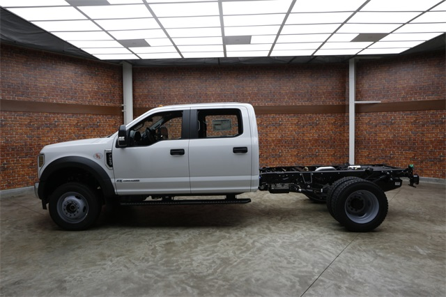 2019 F-450 Crew Cab DRW 4x4,  Cab Chassis #90230 - photo 18