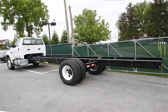 2019 F-750 Regular Cab DRW 4x2,  Cab Chassis #90622 - photo 1