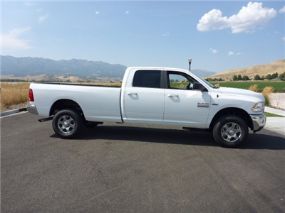 2018 Ram 3500 Crew Cab 4x4 Pickup #82D355 - photo 3