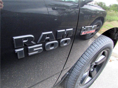 2018 Ram 1500 Crew Cab 4x4 Pickup #CJ060 - photo 5
