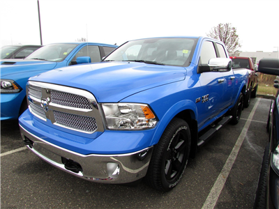 2018 Ram 1500 Quad Cab 4x4, Pickup #CJ141 - photo 3