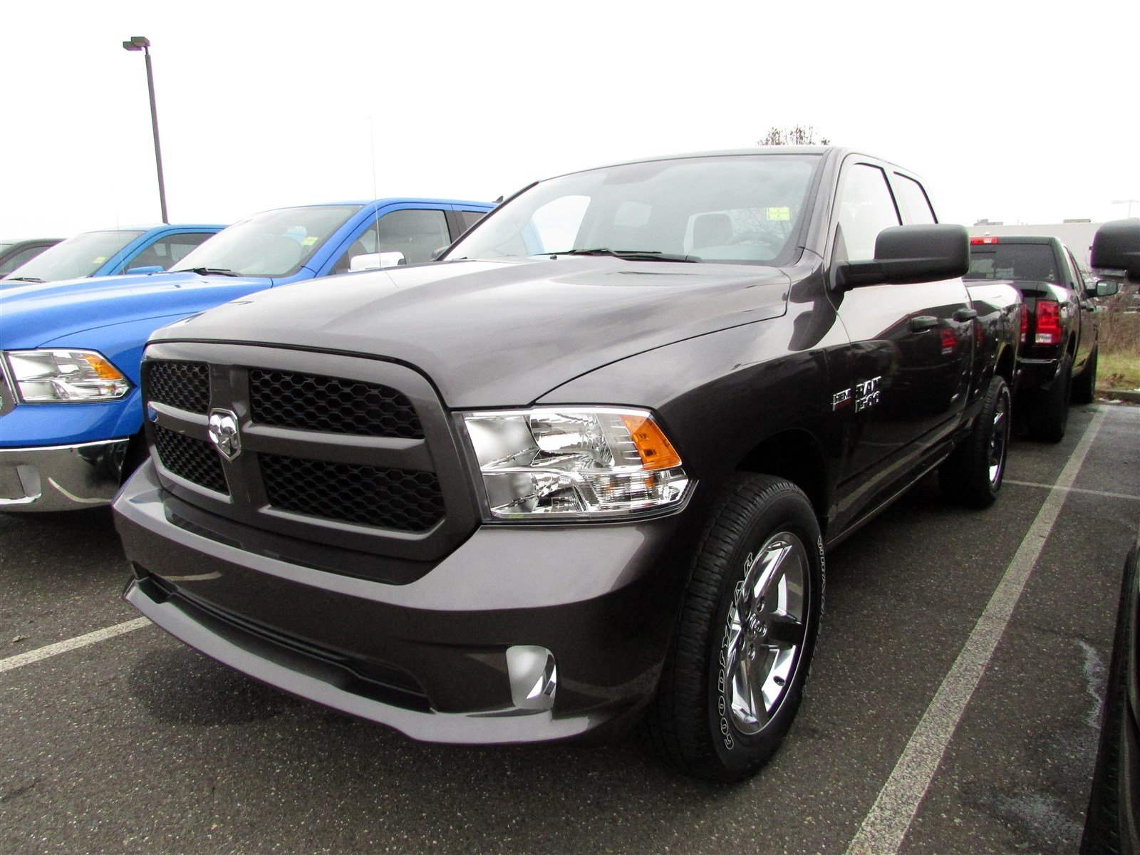 2018 Ram 1500 Quad Cab 4x4, Pickup #CJ146 - photo 3
