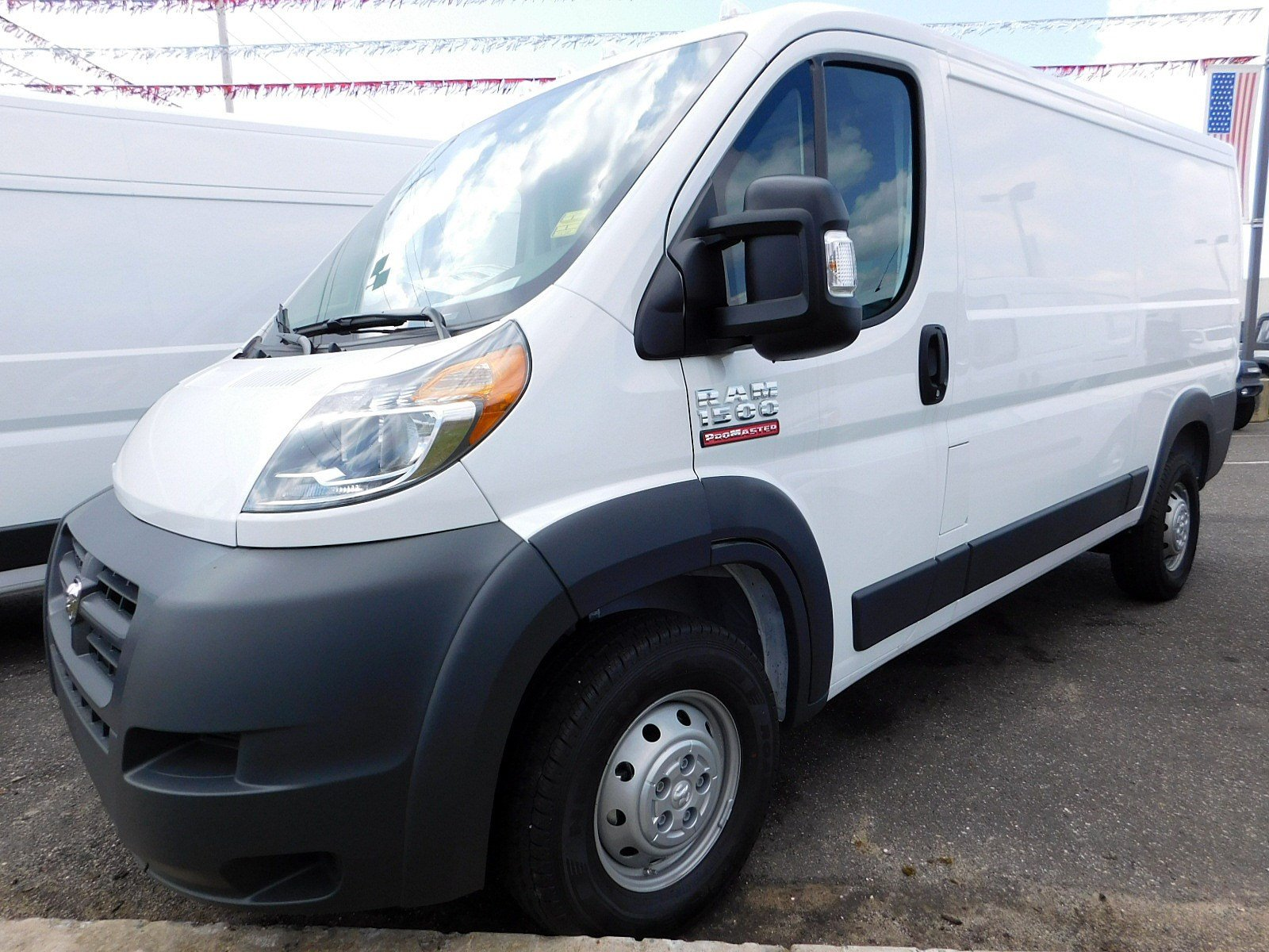 2018 ProMaster 1500 Standard Roof FWD,  Empty Cargo Van #CJ205 - photo 4