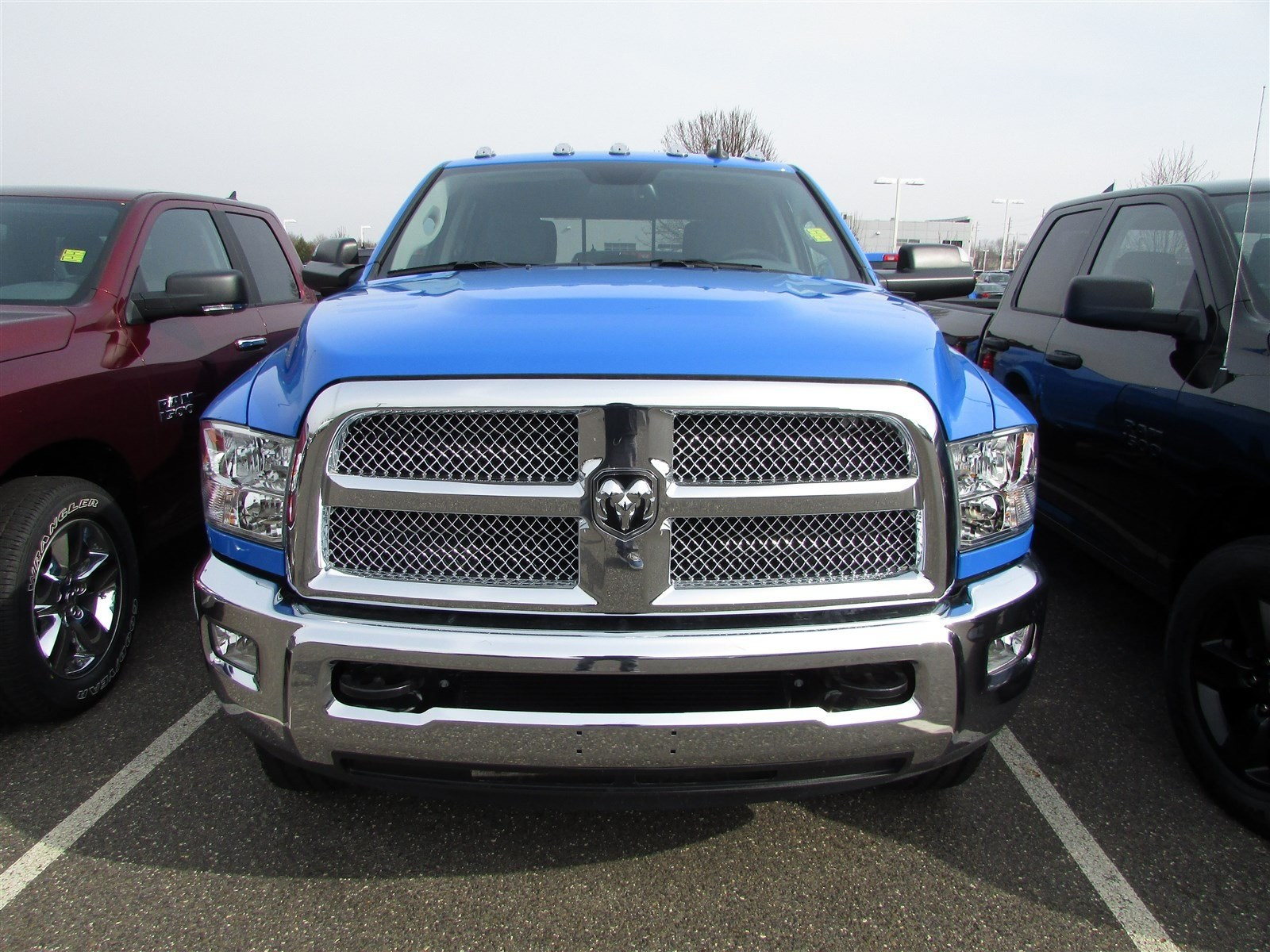 2018 Ram 2500 Crew Cab 4x4, Pickup #CJ252 - photo 3
