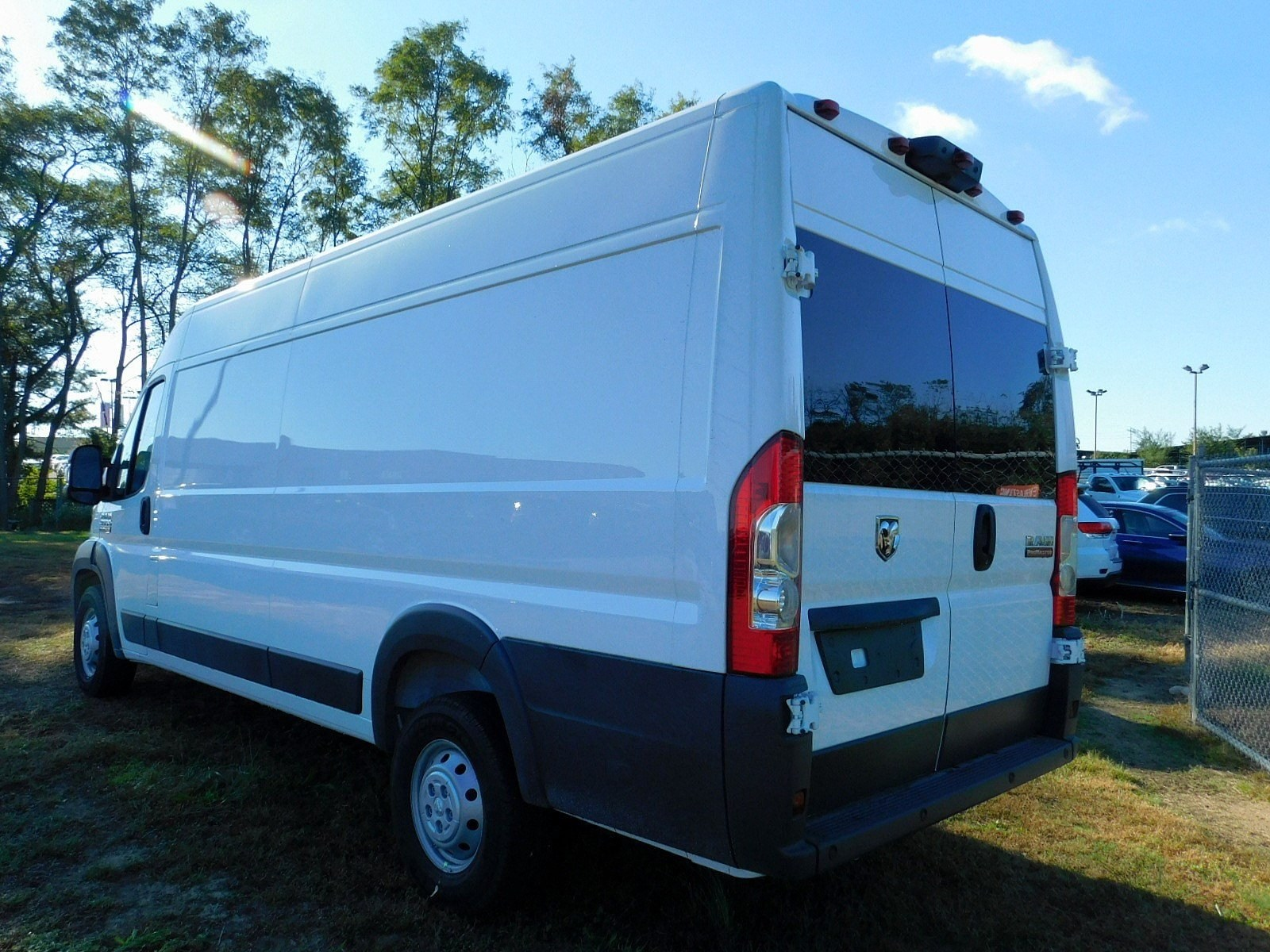 2018 ProMaster 3500 High Roof FWD,  Empty Cargo Van #CJ542 - photo 2