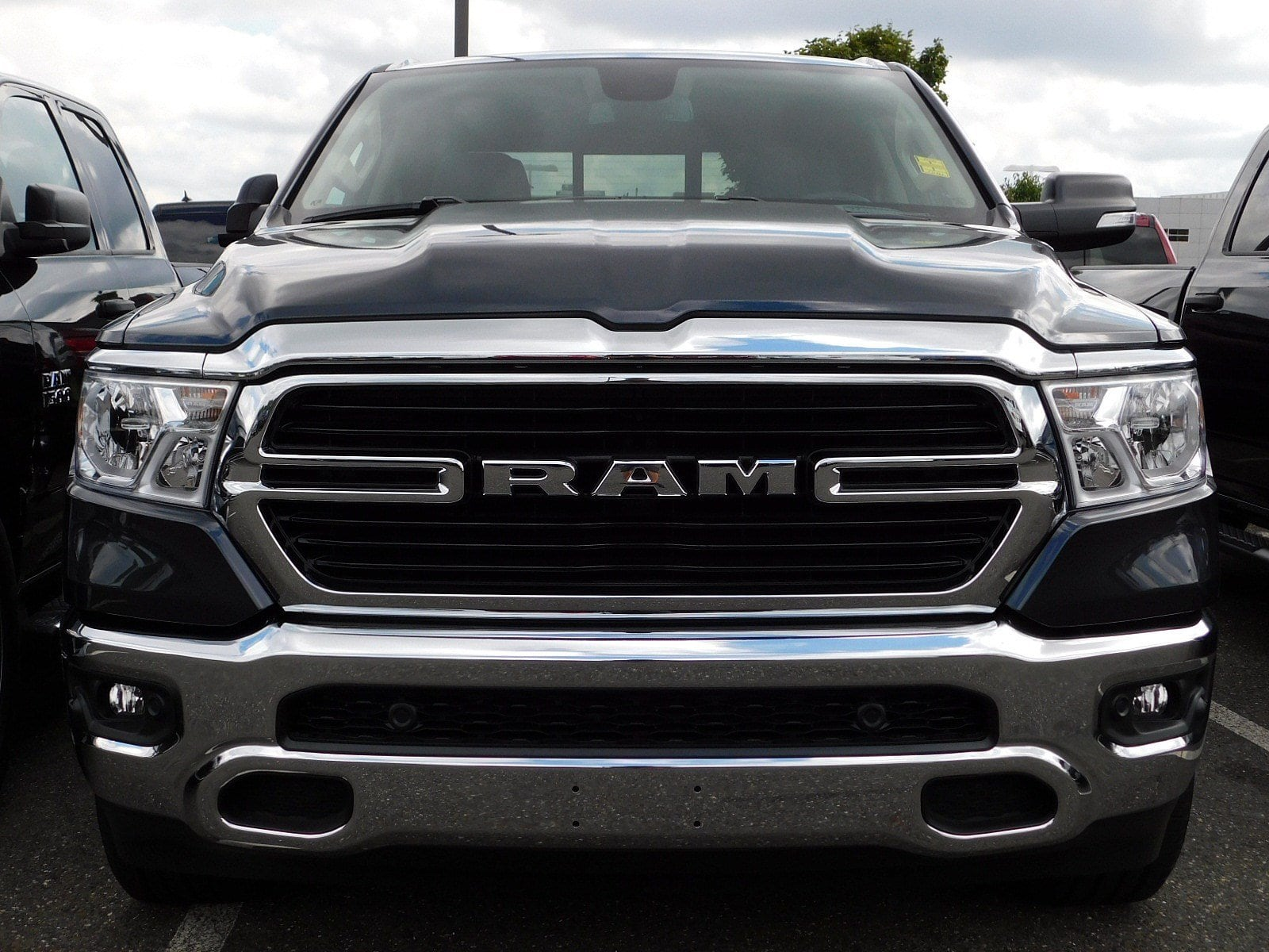 2019 Ram 1500 Quad Cab 4x4,  Pickup #CK041 - photo 3