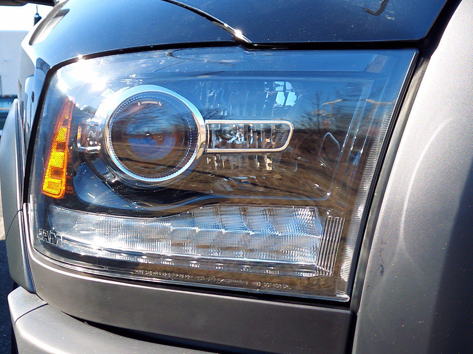 2021 Ram 1500 Quad Cab 4x4, Pickup #CM143 - photo 5