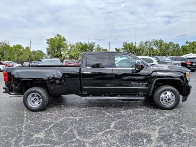 2019 Sierra 3500 Crew Cab 4x4,  Pickup #T19214 - photo 21