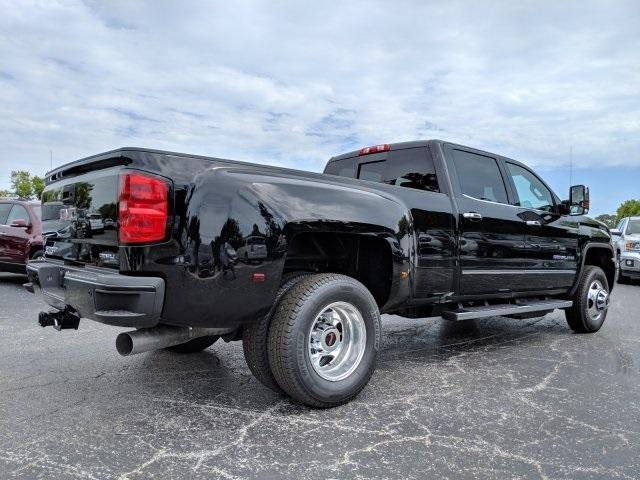 2019 Sierra 3500 Crew Cab 4x4,  Pickup #T19214 - photo 18