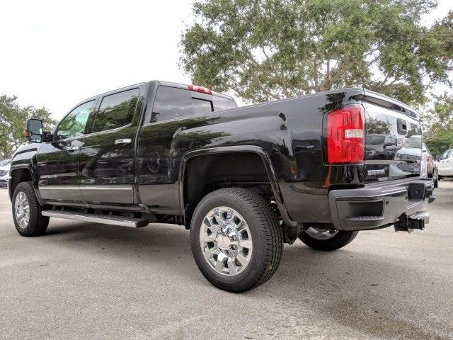 2019 Sierra 2500 Crew Cab 4x4,  Pickup #T19233 - photo 20
