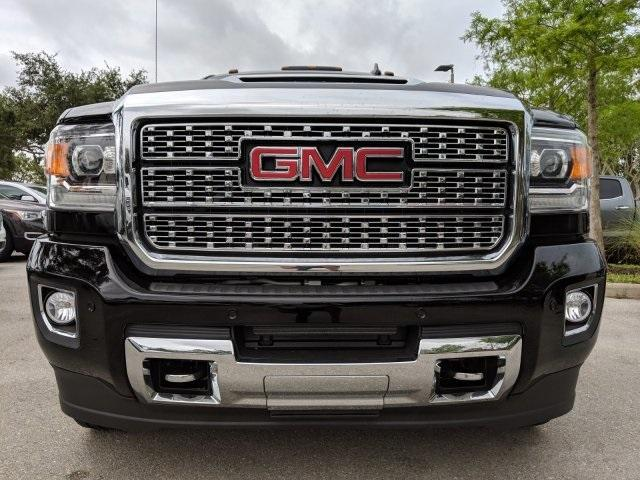 2019 Sierra 2500 Crew Cab 4x4,  Pickup #T19233 - photo 22