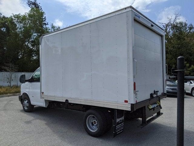 2020 GMC Savana 3500 RWD, Knapheide KCA Cutaway Van #T20244 - photo 6