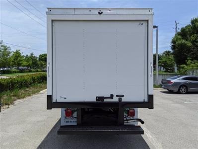 2020 GMC Savana 3500 RWD, J&B Truck Body Cutaway Van #T20326 - photo 4