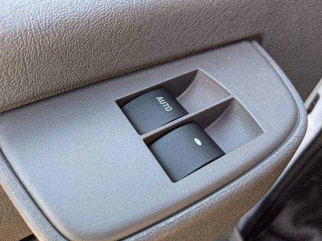 2020 GMC Savana 3500 4x2, Knapheide Cutaway Van #T20504 - photo 3