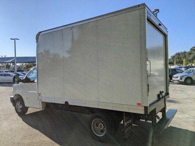 2020 GMC Savana 3500 4x2, Knapheide Cutaway Van #T20504 - photo 11