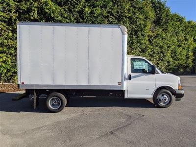 2020 GMC Savana 3500 4x2, Knapheide Cutaway Van #T20504 - photo 6