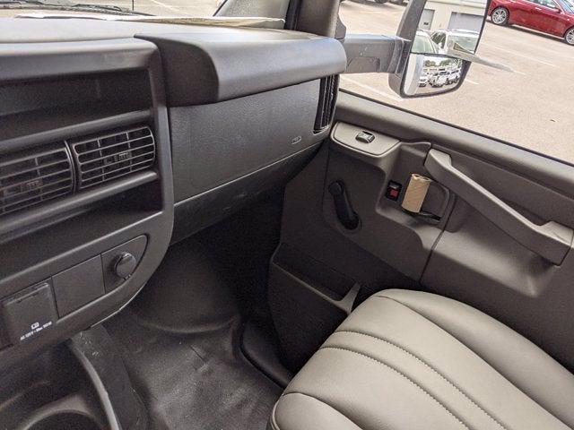 2021 GMC Savana 3500 4x2, Cutaway Van #T21089 - photo 14