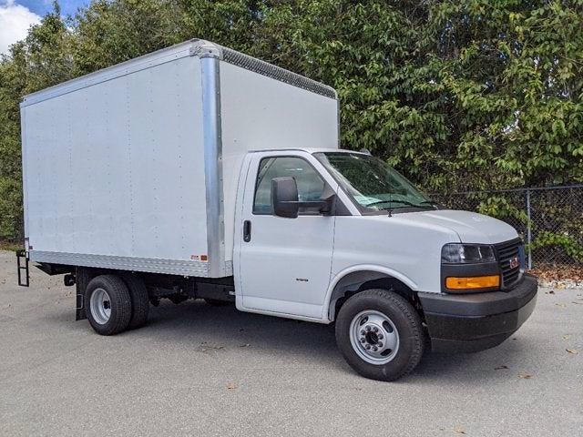 2021 GMC Savana 3500 4x2, Cutaway Van #T21089 - photo 3