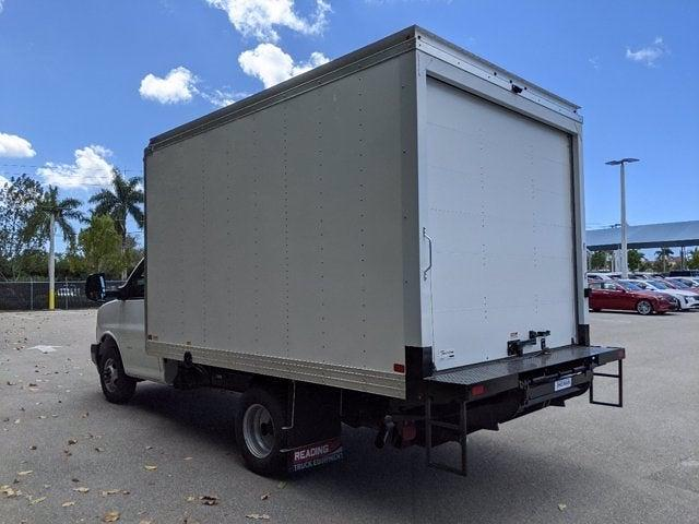 2021 GMC Savana 3500 4x2, Cutaway Van #T21089 - photo 6