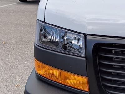 2021 GMC Savana 3500 4x2, Cutaway Van #T21089 - photo 9