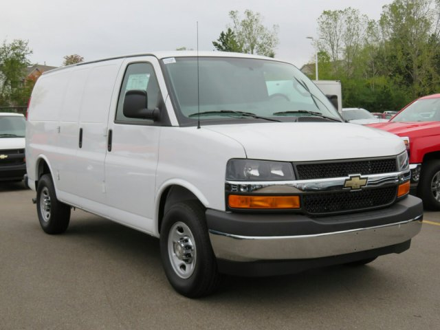 2017 Express 2500 Cargo Van #17G120C - photo 5
