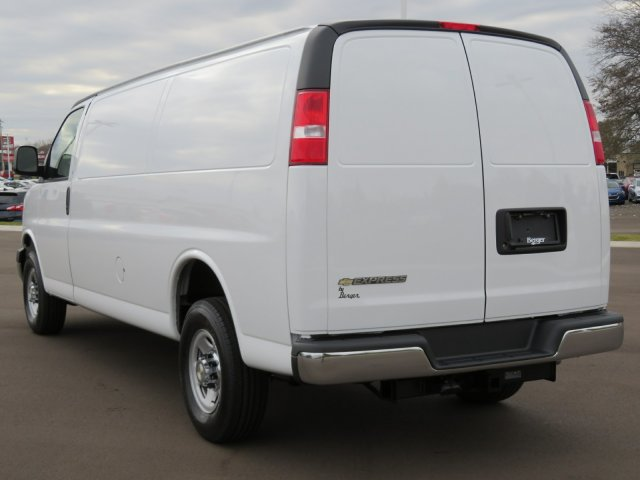 2017 Express 3500, Cargo Van #17G149C - photo 3