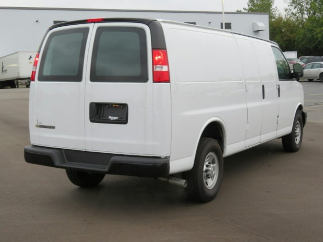 2017 Express 3500 Cargo Van #17G21C - photo 5