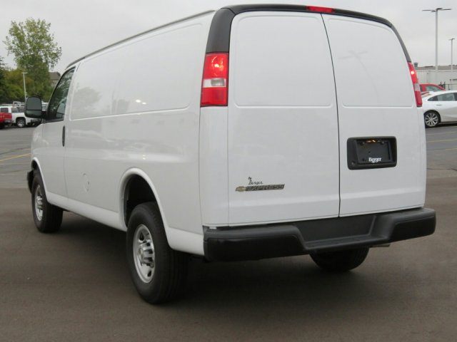 2017 Express 2500, Cargo Van #17G45 - photo 8