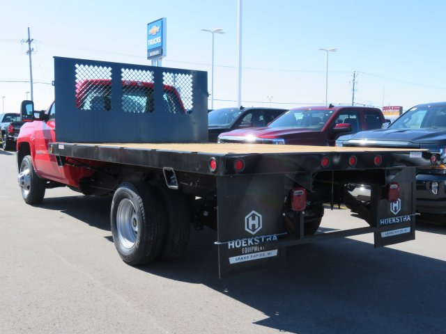 2017 Silverado 3500 Regular Cab 4x4, Platform Body #17K266X - photo 2